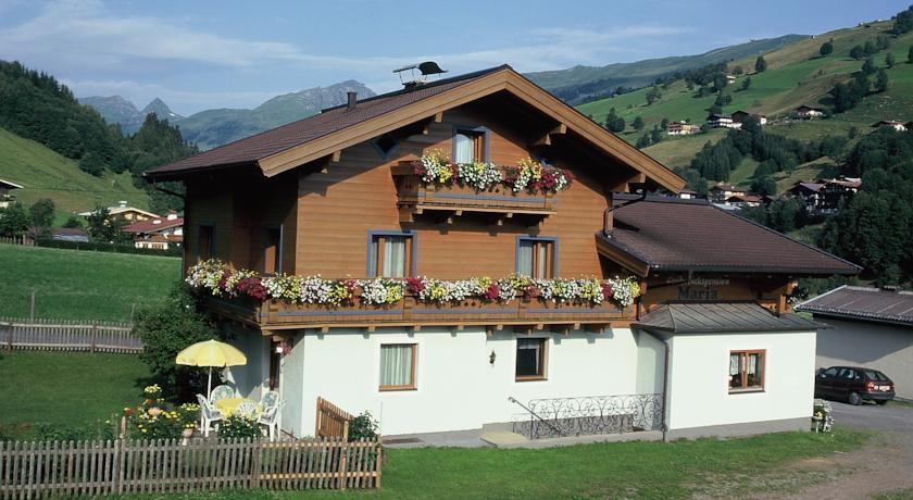 Ski & Bike Pension Maria in Hinterglemm