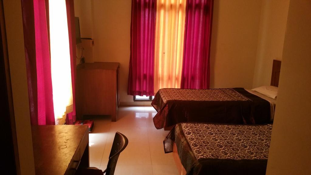 Grand Utsav Motel in jaunpur