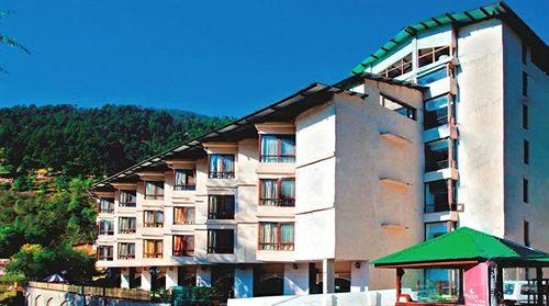 The River Crescent Resort in manali