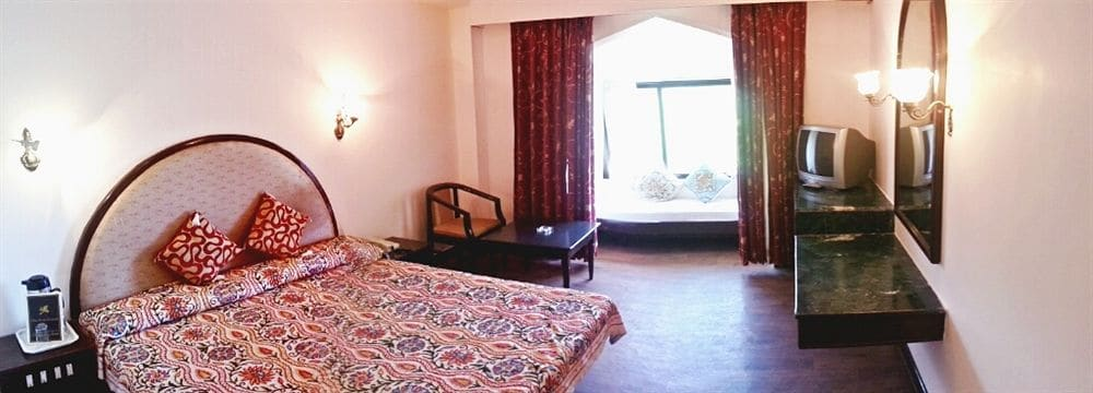 Whistling Pines Resort in shimla