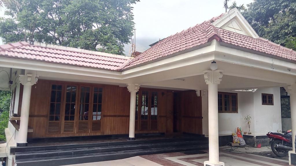 White Hut in Munnar
