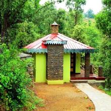 1 Bhk Boutique Stay In Kausani Estate(0be7), By Guesthouser in Kausani