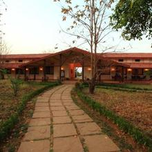 1 Br Boutique Stay In Kanha (9a90), By Guesthouser in Malanjkhand