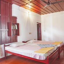 1-br Cottage In Karumady, Alappuzha, By Guesthouser 30237 in Talavadi