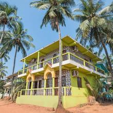 1 Br Guest House In Calangute (0a40), By Guesthouser in Calangute