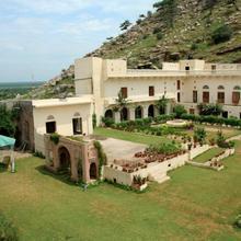 1 Br Heritage In Kalwar, Jaipur (09be), By Guesthouser in Bobas