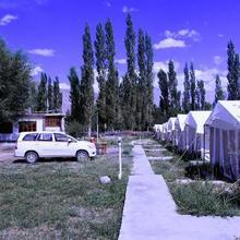 1 Br Tent In Hunder, Leh (bb19), By Guesthouser in Deshkit