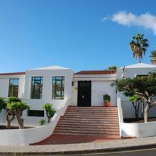 100 Island Village Julia in Las Galletas
