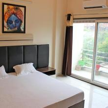 11flowers Serviced Apartments in Mathura