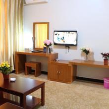 169 Hotel Beijing in Nanfaxin