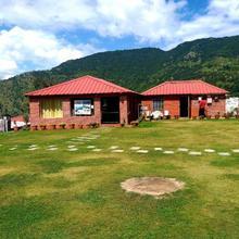 180 Degree Resort in Dhanaulti
