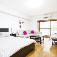 2 Bedroom Apartment Akasaka Am #007 in Tokyo