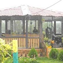 2 Bedroom Villa At Waterfront Near Wada in Vada