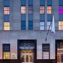 21c Museum Hotel Durham in Durham
