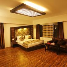 22 Enclave Evoke Lifestyle in Srinagar