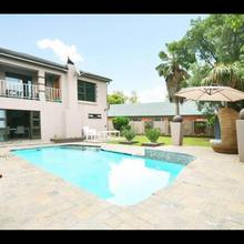 2opterblanche Guesthouse in Boksburg