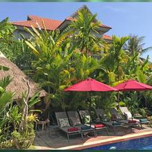 3 Monkeys Villa (gay Hotel) in Siemreab