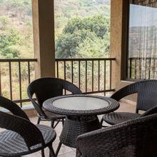 4 Bedroom Villa By Tripvillas in Waki