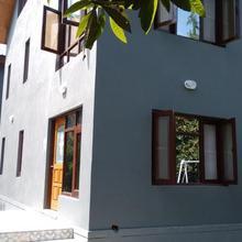 Victoria Guest House in Malarpura