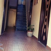 Aanvi palace hotel in Varanasi