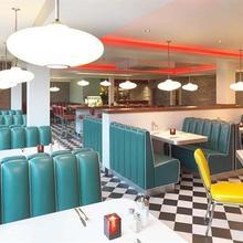 7 Hotel Diner in Wrotham