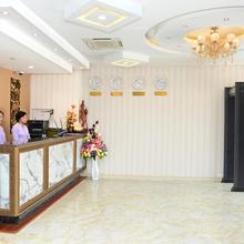 8day Hotel in Rangoon