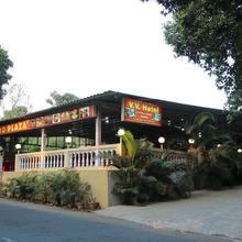 Hotel V V in Thane