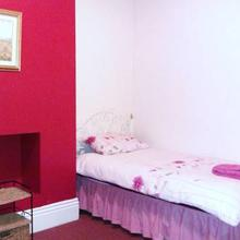 ALARA Bed and Breakfast in Whiston