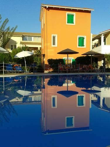 Alkyon Apartments & Villas Hotel in Chortata