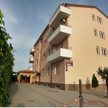 Apartments Bili in Grohote