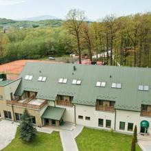 Hotel Dębina in Tresna