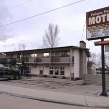 Polson Park Motel in Vernon
