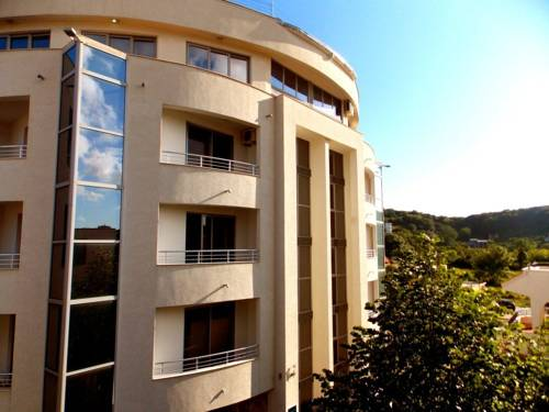 Residence Apartments in Ulcinj