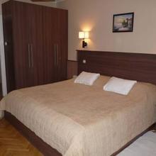 Szilfa Étterem Mariann Apartman in Hajduszoboszlo