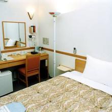 Toyoko Inn Niigata Ekimae in Niigata