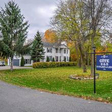 A La Villa Rivermead in Ottawa