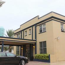 Aae Lombardy Hotel in North Miami Beach
