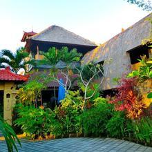 Aahh Bali Bed And Breakfast in Jimbaran