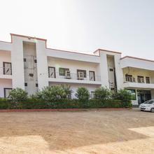 Aashirwad Guest House in Manikpur