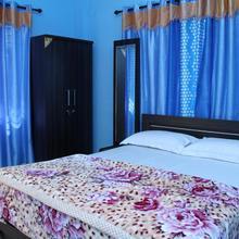 Aathishaya Holiday Inn in Kanthalloor