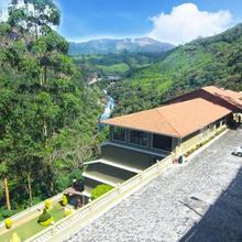 Abad Copper Castle Resort in Munnar