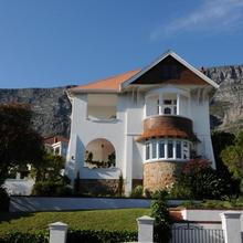 Abbey Manor Luxury Guesthouse in Cape Town