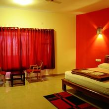 Abbydhama Estate Stay in Suntikoppa