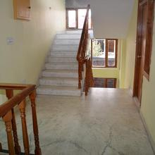 Abode Home Cool & Homely Place in Nagar