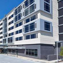 Ac Hotel By Marriott Atlanta Buckhead At Phipps Plaza in Atlanta