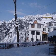 Adb Rooms Hotel Patnitop, Jammu Kashmir in Patnitop