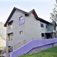 Adb Rooms Shaina Mareema Cottage in Manali