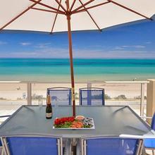 Adelaide Luxury Beach House in Adelaide