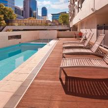 Adina Apartment Hotel Perth in Perth