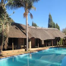 Aero Guest Lodge in Boksburg